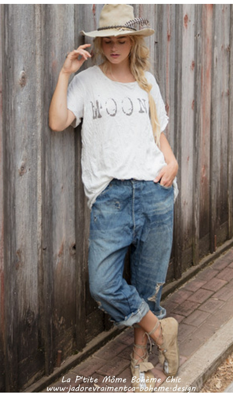 Moon 1 Tee-Shirt en Blanc Coupe Boyfriend