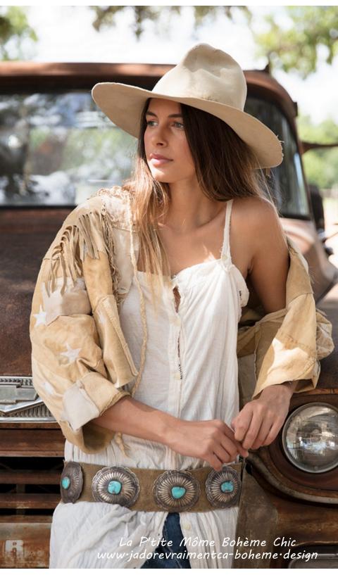Aspen P'tite Robe en Antique White Bretelles Fines et Boutonnées