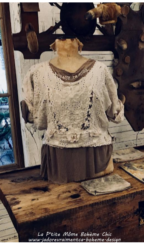 Coronado Blouse with Embroidery, Scalloped Edging Antique White