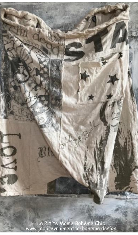 Frankie Pants In Moonlight Art Graphics
