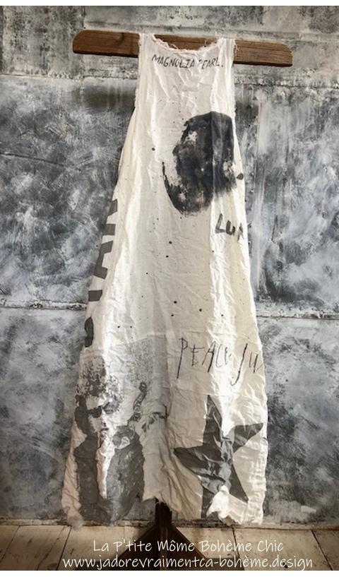 Layla...la Robe-Art Graphics True....Lin & Finitions Brut