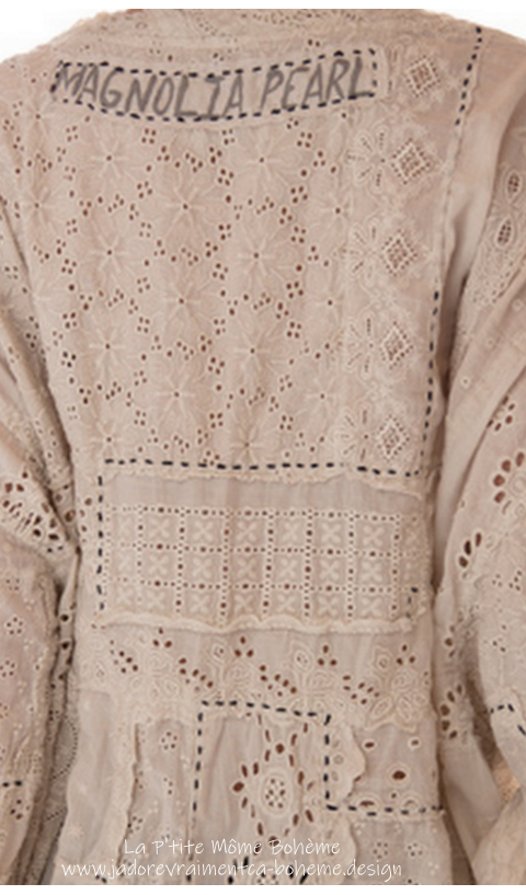 Hi-Lo Eyelet & Lace Francis Pull-Over In Antique White