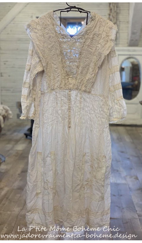 Batiste A Beautiful Embroidered Tea Dress in Moonlight, Lace