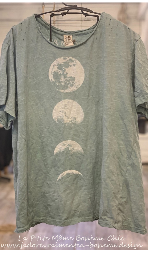 Moon Phase T Top In Rococo Boyfriend Cut