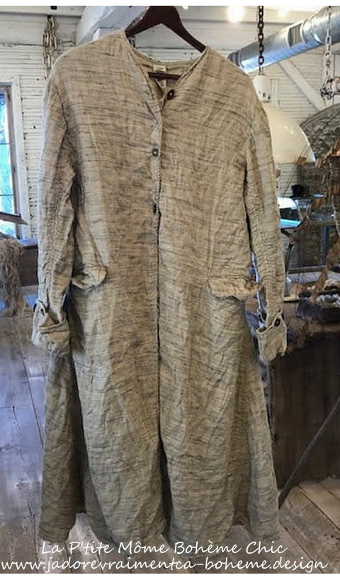 Leni Jacket Quilted Raw silk In Sand Hand Stitching, Distressing