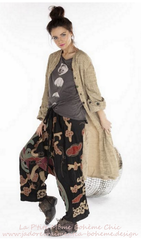 Parnassus Garcon Pants with Embroidery Applique In Midnight