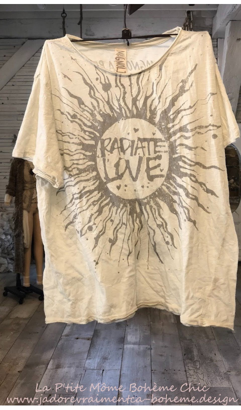 Radiate Love T, New Boyfriend Cut in Moonlight