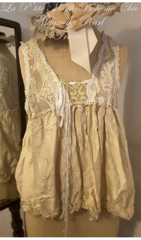 Amazing MP OAK Top In Heavy old Silk & Antique lace with Silk Ties