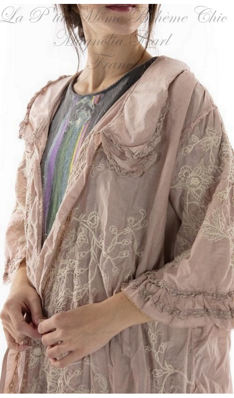 Emmali  Kimono Embroidered with lace details In Peony