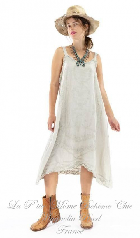 Odelia Slip with Embroidery and Lace Details In Moonlight