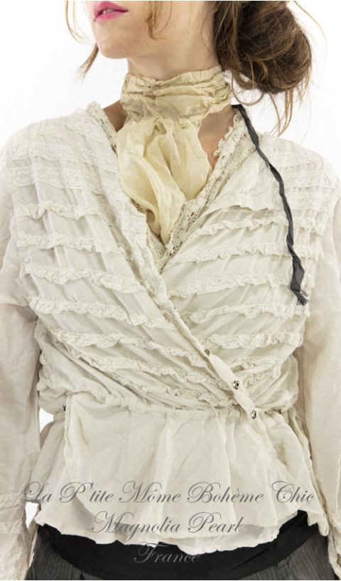 Anna Mariah Blouse with Lace Ruffle Details En Moonlight