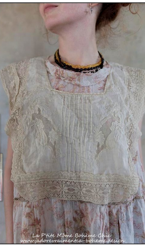 EETI-BELLE Collar with Coton Lace and Embroidery
