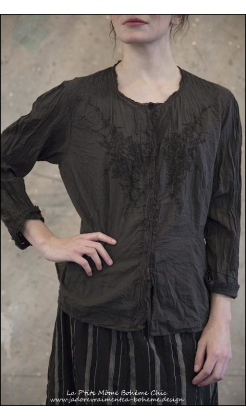 Freja Embroidered Blouse with Cotton Lace