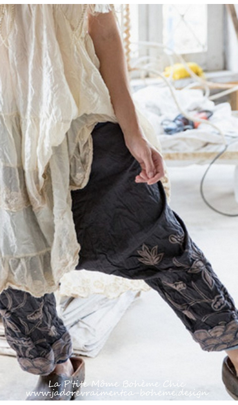 Silk Embroidered Joon Pongee Pant