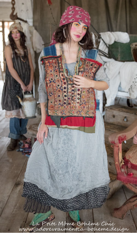 O A K Specialty Cage Vest....In Antique Indian Embroidery